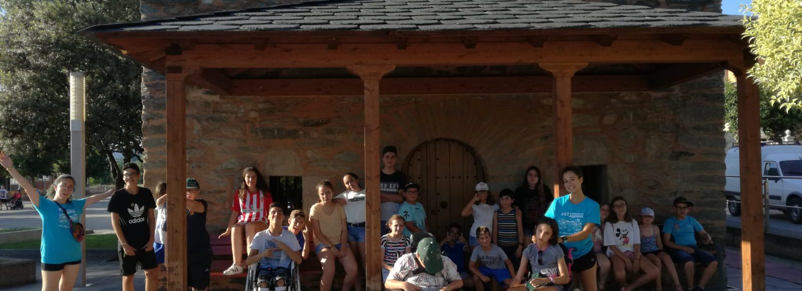 Campistas de 2018 en actividades del campamento